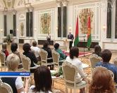 ВИДЕО: Президент РБ А. Г. Лукашенко наградил Орденом Матери супругу иерея Владимира Котова — Марию Котову
