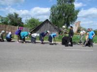 Жители Шкловского района преклоняются перед иконой Царственных страстотерпцев