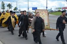В молитвенном шествии по Витебску участвовали духовенство, семинаристы, казаки и простые миряне