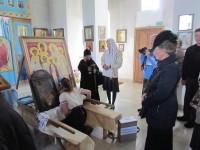 Витебчане прикладываются к святыням крестного хода
