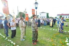 У Казанского храма крестный ход встретил иеромонах Иероним