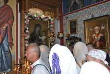 Крестоходцы около чудотворной Барколабовской иконы
