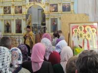 Протоиерей Владимир Рыбаков произносит проповедь