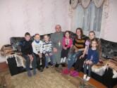 В Черикове священник поздравил с Пасхой детей, оставшихся без родителей