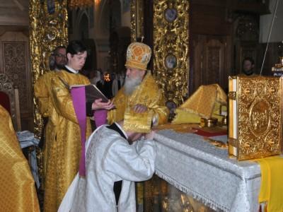 Архиепископ Софроний совершил Литургию и иерейскую хиротонию в Свято-Никольском монастыре
