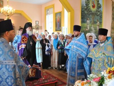 В храме Казанской иконы Божией Матери деревни Прусино отметили 155-летний юбилей