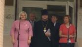 В Черикове священник принял участие в торжественной линейке, посвященной Дню знаний