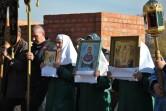 Крестный ход и молебен у строящегося Покровского храма на Подниколье
