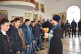 «За други своя». В Кричеве священник благословил новых призывников в Вооруженные Силы Беларуси