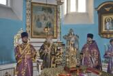 Служение архипастыря: Неделя Крестопоклонная