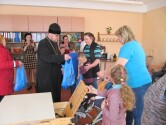 В Черикове священник с Пасхальным поздравлением посетил коррекционно-развивающий центр