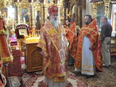 В день Усекновения главы Иоанна Крестителя архиепископ Софроний совершил  Литургию в Никольском монастыре