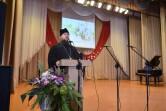 В Кричеве священник поздравил женщин с Покровом и Днем матери