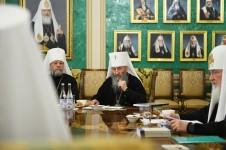 Заседание Священного Синода в Патриаршей резиденции Даниловского монастыря