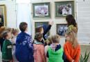Учащиеся детской изобразительной студии «Фарба» познакомились со святой Царской Семьей