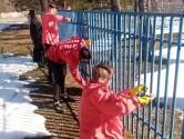 В Чериковском районе школьники организовали трудовую акцию по благоустройству территории Покровского храма