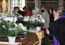 В Великую Субботу архиепископ Софроний совершил вечерню и Литургию в Трехсвятительском соборе