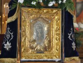 В Могилев принесена мироточивая икона Божией Матери «Умиление» (Локотская)